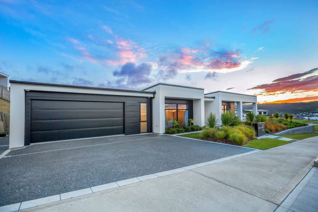 New Home Aotea - Black and white exterior